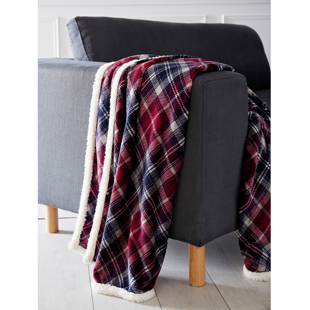 plaid microfibre imprim carreaux blancheporte. Black Bedroom Furniture Sets. Home Design Ideas