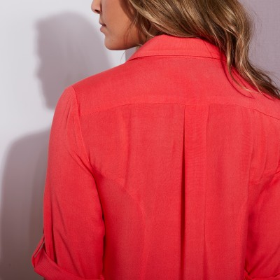 Robe-chemise - rouge  : Vue zoom matière