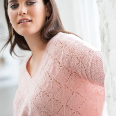 Pull col V toucher mohair  : Vue zoom matière