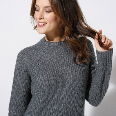 Robe pull col montant  : Vue zoom matière