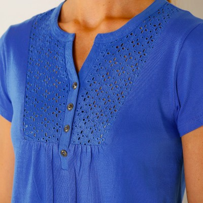 Tee-shirt col tunisien broderie anglaise  : Vue zoom matière