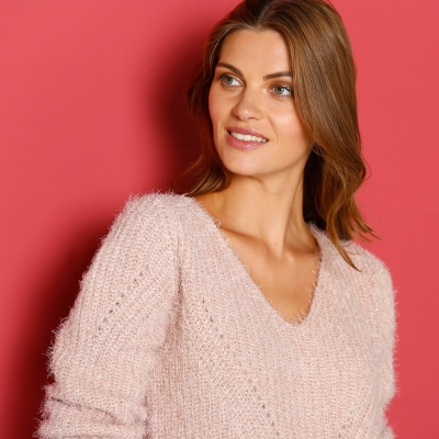 Pull maille moelleuse  : Vue zoom matière