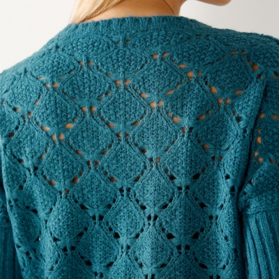 Pull poncho maille fantaisie  : Vue zoom matière