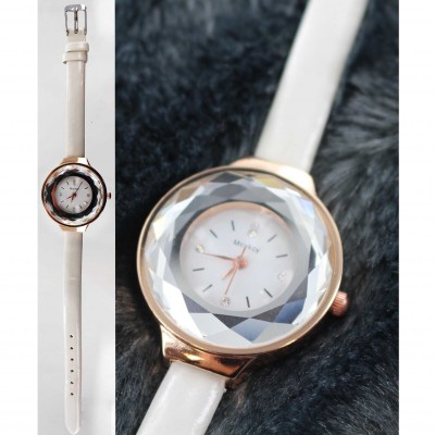 "Montre ""diamant"""