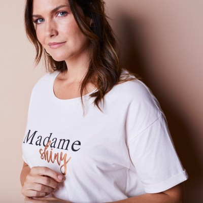 "Tee-shirt à message ""Madame Shiny"""