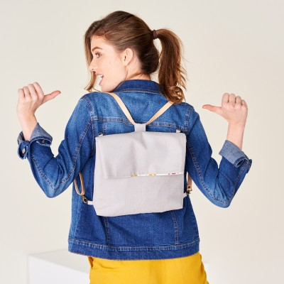 Sac à dos transformable en besace - gris