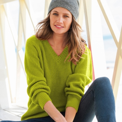 Pull col V maille anglaise Vert mousse: Vue 1