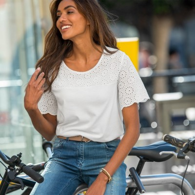 Tee-shirt broderie anglaise Blanc: Vue 1