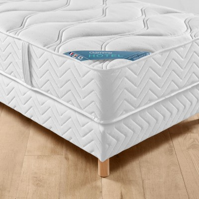 Matelas mousse gamme h tel confort luxe quilibr blancheporte - Matelas confort equilibre ...