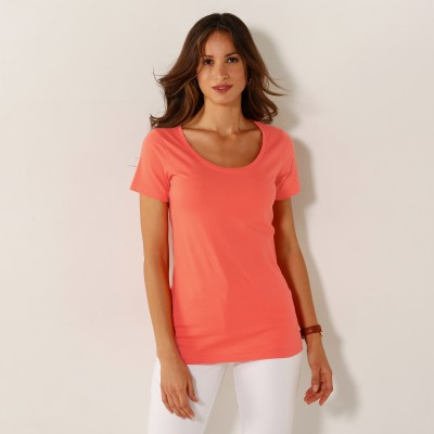 Tee-shirt col rond uni - Mode Grande Taille. Tee-shirt col rond uni - Mode Grande Taille